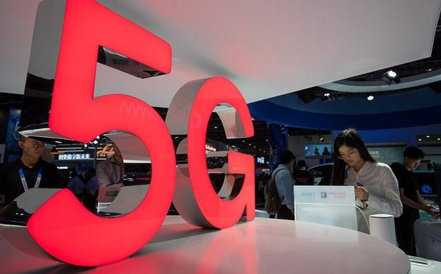 Chủ tịch hãng xe sang Porsche tiết lộ sốc về giới nhà giàu Trung Quốc: 80% dùng iPhone, nhưng một nửa muốn chuyển sang Android - Ảnh 2.