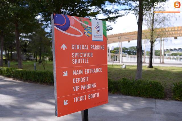 Địa điểm tổ chức lễ khai mạc SEA Games 30: Bất ngờ trước cảnh ngổn ngang, sơ sài của chủ nhà Philippines - Ảnh 4.