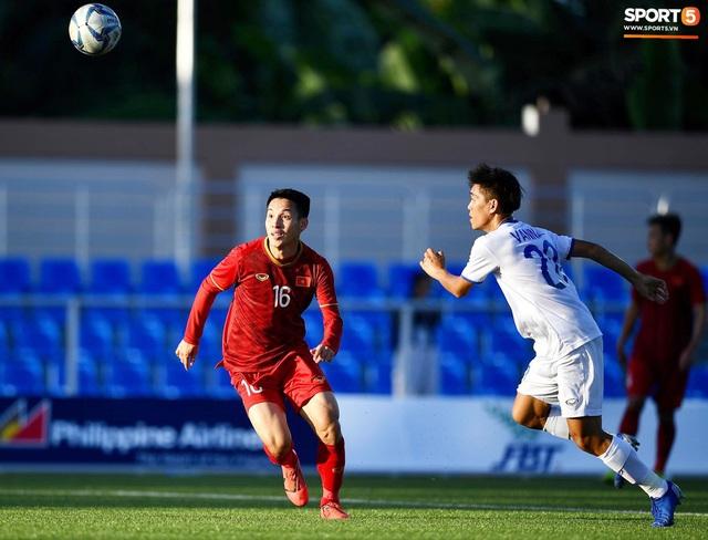 Cầu thủ U22 Việt Nam tái hiện màn ăn mừng ru con của huyền thoại Brazil tại World Cup, xứng đáng là ông bố của năm - Ảnh 9.