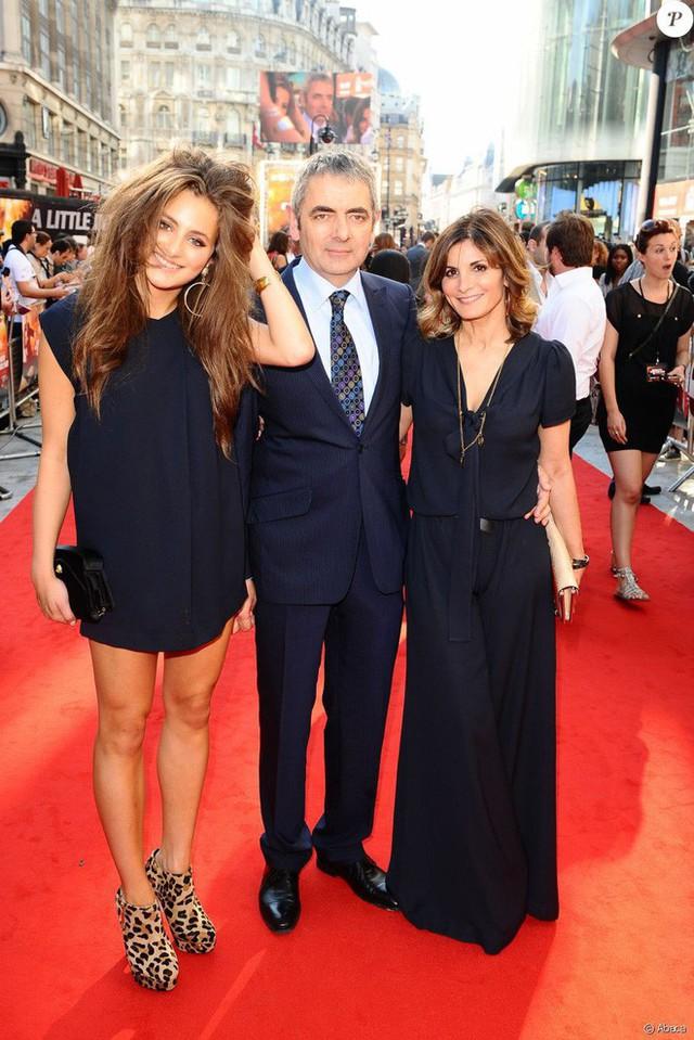 Mr Bean: Phản bội vợ theo tình trẻ đáng tuổi con, hết thời, già nua ở tuổi U70 - Ảnh 1.