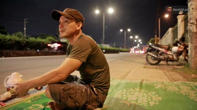 Cuộc sống màn trời chiếu đất của những người hành nghề giác hơi ở Sài Gòn - Ảnh 11.