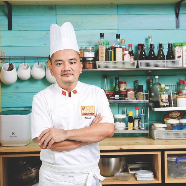 """Biến căng: Siêu đầu bếp Võ Quốc gọi Khoa Pug là """"kẻ rẻ tiền"""", """"vô học khi lấy phụ nữ ra giật title câu view cho vlog tại Nhật - Ảnh 2."""