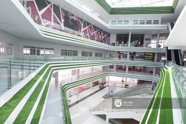 Khám phá Ngôi nhà hình lục giác trị giá hơn 400 tỷ đồng đang làm mưa làm gió sinh viên Sài Gòn - Ảnh 6.
