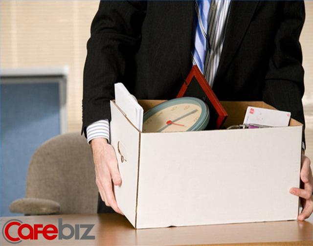 32 tuổi, giám đốc tài vụ, lương chục triệu, bị giảm tải trong vòng 10 phút: Thái độ đối với tiền bạc sẽ quyết định độ cao cuộc đời bạn! - Ảnh 1.