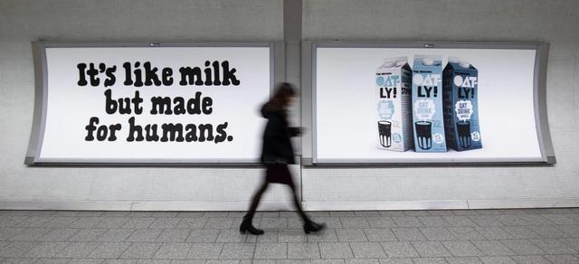 Sa thải cả phòng Marketing, hãng sữa yến mạch Thụy Điển Oatly lột xác từ bình dân thành xa xỉ, làm lung lay cả đế chế sữa bò! - Ảnh 4.