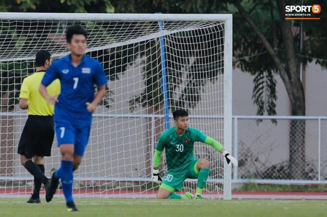 Tròn 10 năm HLV trưởng U23 Việt Nam bóp cổ thủ môn ở chung kết SEA Games: Khoảnh khắc ám ảnh vẫn chưa có lời giải - Ảnh 3.