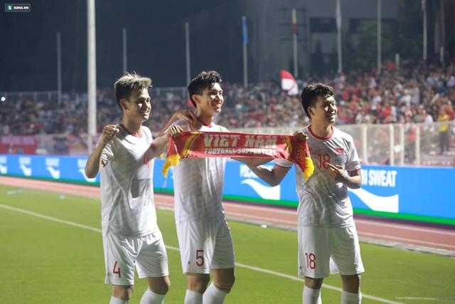 Thầy Park chơi bài ngửa, U22 Việt Nam thắng rạng rỡ để vô địch SEA Games cực kỳ có Hậu - Ảnh 4.