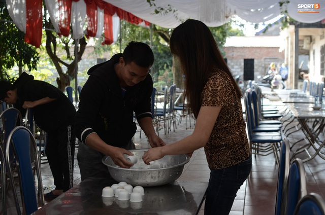 Gia đình thủ môn U22 Việt Nam, Nguyễn Văn Toản nhộn nhịp chuẩn bị cổ vũ trận chung kết SEA Games 30 - Ảnh 6.