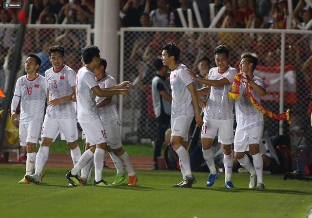 Thầy Park chơi bài ngửa, U22 Việt Nam thắng rạng rỡ để vô địch SEA Games cực kỳ có Hậu - Ảnh 8.