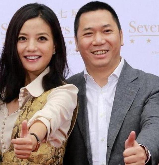 Chong Trieu Vy bi mot doanh nhan to quyt no gan 30 trieu USD