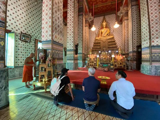 Tim Cook đi chùa, khen ngợi ẩm thực Đông Nam Á - Ảnh 8.