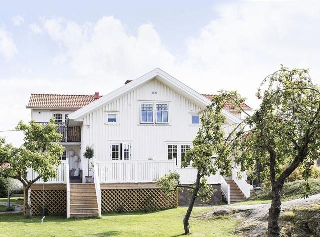 Ngôi nhà mơ ước nơi miền quê ở Thụy Điển: Sống ở đây bảo sao người ta luôn viên mãn - Ảnh 1.