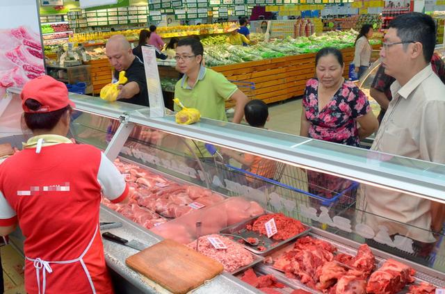Giá thịt lợn tiếp tục tăng mạnh ngày giáp Tết, phần lòng non tưởng đùa mà tăng thật tới 85.000 đồng/kg  - Ảnh 9.