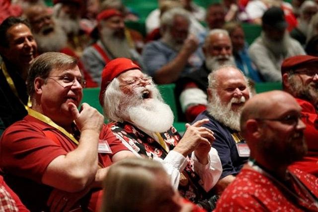Để kiếm hàng nghìn USD, ông già Noel phải học những gì? - Ảnh 3.