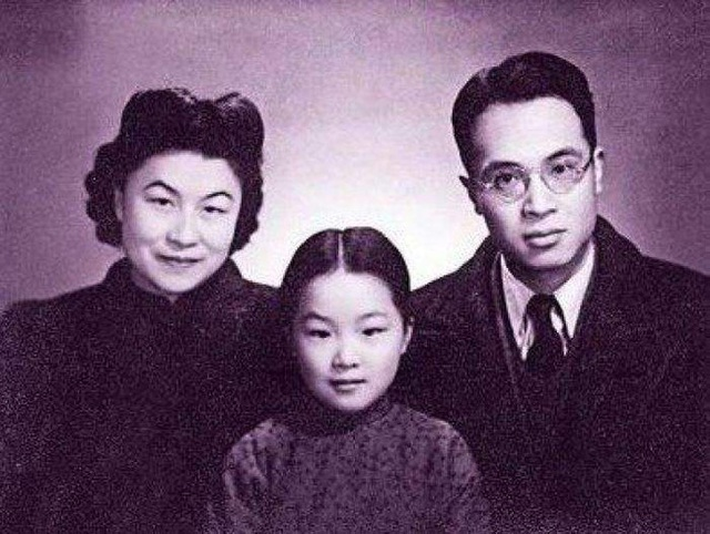 Cuộc hôn nhân 63 năm khó tin của nhà văn nổi tiếng Trung Quốc: Chỉ khi gặp được cô ấy, tôi mới nghĩ đến chuyện kết hôn - Ảnh 4.