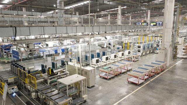 Khám phá nhà máy Daikin trị giá 72 triệu USD thông minh nhất thế giới: 25 giây sản xuất 1 máy lạnh, quản lý bằng công nghệ IoT, chuyên chở linh kiện bằng xe tự hành… - Ảnh 4.