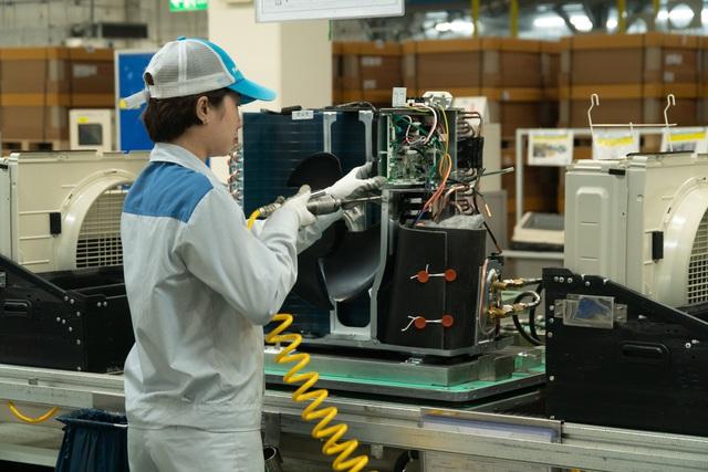 Khám phá nhà máy Daikin trị giá 72 triệu USD thông minh nhất thế giới: 25 giây sản xuất 1 máy lạnh, quản lý bằng công nghệ IoT, chuyên chở linh kiện bằng xe tự hành… - Ảnh 12.