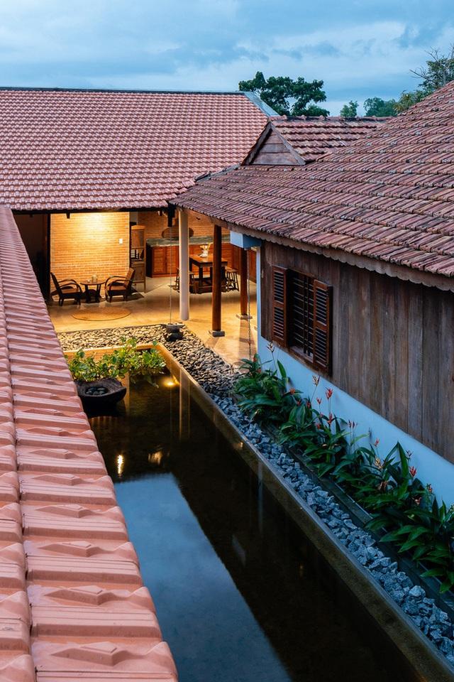 Mãn nhãn với ngôi nhà nội thất toàn bằng gỗ, như ốc đảo giữa nông thôn Việt Nam - Ảnh 16.