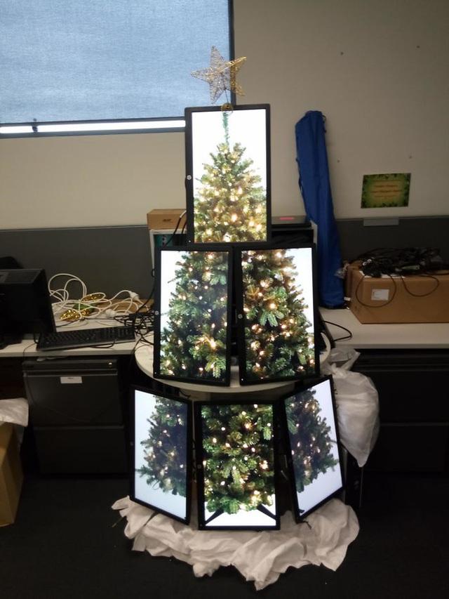 Ngắm 20 cây thông Noel cực chất từ những nhân viên sáng tạo - Ảnh 18.