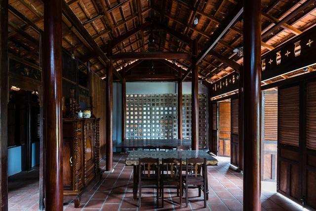 Mãn nhãn với ngôi nhà nội thất toàn bằng gỗ, như ốc đảo giữa nông thôn Việt Nam - Ảnh 6.
