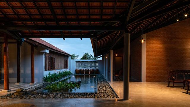 Mãn nhãn với ngôi nhà nội thất toàn bằng gỗ, như ốc đảo giữa nông thôn Việt Nam - Ảnh 9.