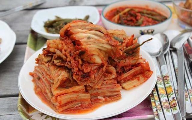 Người Hàn Quốc ăn kim chi mỗi ngày vì những tác dụng tuyệt vời này - Ảnh 1.