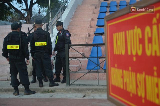 Xét xử thảm án nữ sinh giao gà: Bùi Thị Kim Thu run lẩy bẩy đứng trước vành móng ngựa, liên tục kêu oan - Ảnh 4.