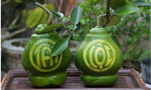 5 loại quả khắc chữ hút khách dịp Tết Nguyên đán - Ảnh 1.