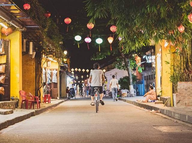 Tour du lịch bằng chuyên cơ đắt nhất thế giới sẽ ghé qua Việt Nam - Ảnh 3.