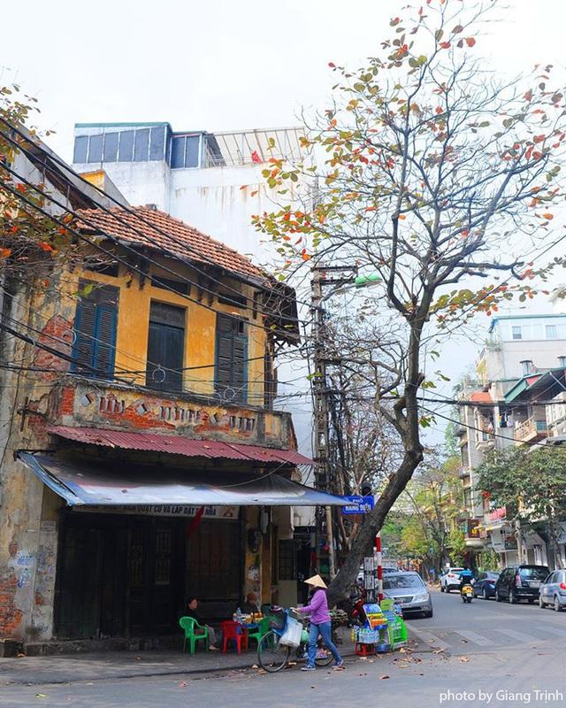 Chùm ảnh: Sự đổi thay ngỡ ngàng của những con phố cổ xưa trong lòng Hà Nội suốt 1 thập kỷ, nhìn lại ai cũng thấy mênh mang - Ảnh 4.