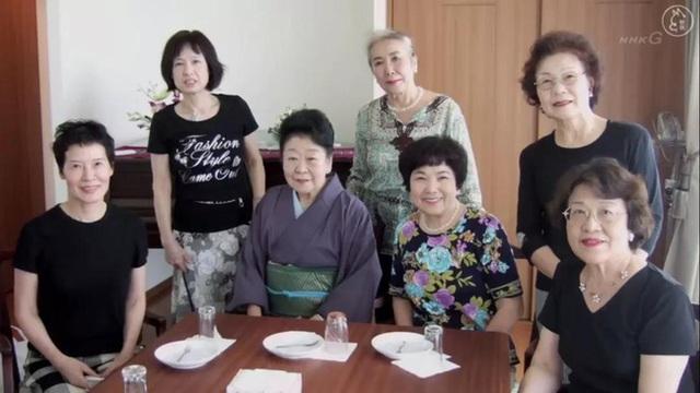 Hơn 14% phụ nữ Nhật Bản cả đời không kết hôn: Nỗi sợ hãi không đến từ hôn nhân mà là những mặt trái của mồ chôn của tình yêu - Ảnh 3.