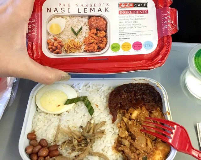AirAsia mở nhà hàng dưới mặt đất chuyên phục vụ đồ ăn trên máy bay, mục tiêu mở 100 cơ sở trên toàn thế giới - Ảnh 1.