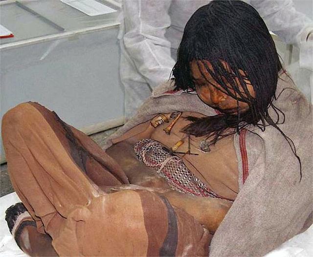 Được chọn hiến tế cho Thần Mặt Trời, 500 năm sau thiếu nữ người Inca trở thành một trong những xác ướp nổi tiếng nhất thế giới - Ảnh 3.