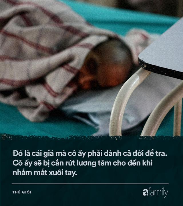 Chuyện về những người mẹ nghèo khó ở khu ổ chuột phải bán con: Mỗi đứa trẻ có giá vài trăm nghìn, tương lai ở tổ ấm mới mù mịt - Ảnh 5.