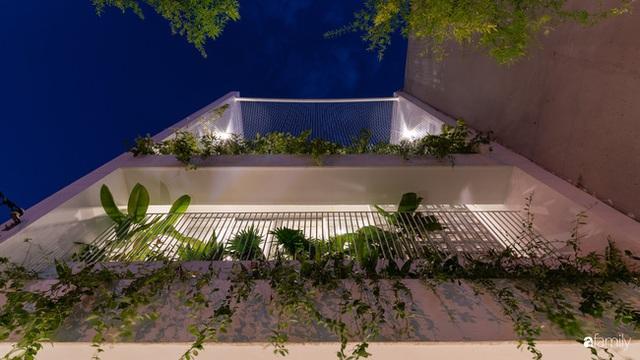 Ngôi nhà nhỏ trong lành và duyên dáng với cây xanh thân thiện của cặp vợ chồng mới cưới ở TP. Đà Nẵng - Ảnh 1.