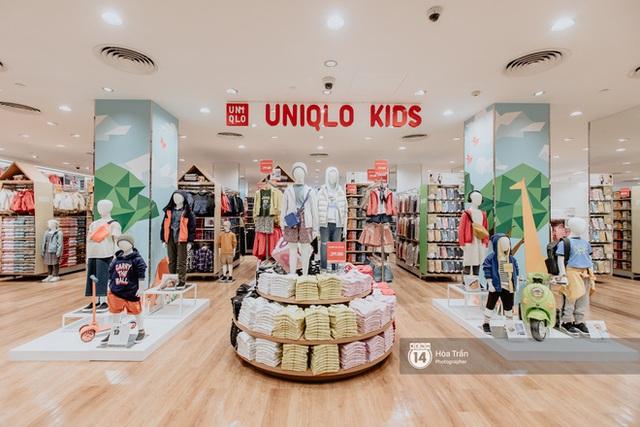 Đột nhập cả 3 tầng store UNIQLO Đồng Khởi trước ngày khai trương: Đồ cực kỳ phong phú, bạt ngàn món giá chỉ vài ba trăm nghìn - Ảnh 12.