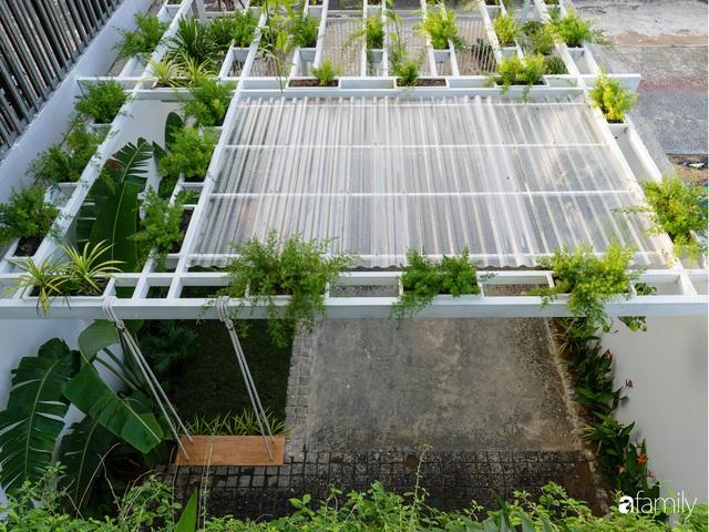 Ngôi nhà nhỏ trong lành và duyên dáng với cây xanh thân thiện của cặp vợ chồng mới cưới ở TP. Đà Nẵng - Ảnh 18.