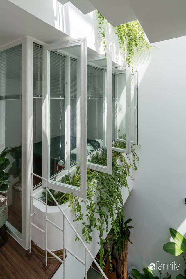 Ngôi nhà nhỏ trong lành và duyên dáng với cây xanh thân thiện của cặp vợ chồng mới cưới ở TP. Đà Nẵng - Ảnh 20.