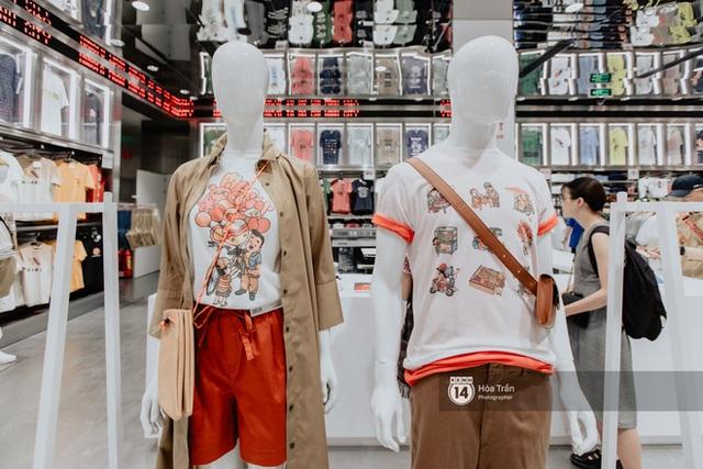 HOT HIT: Những hình ảnh rõ nét xịn sò đầu tiên bên trong store UNIQLO Việt Nam trước ngày khai trương - Ảnh 8.