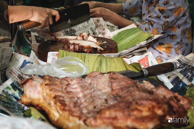 Bí mật thành công của hàng thịt quay lâu đời nhất Hà Nội, hơn 50 năm vẫn khiến khách xếp hàng dài như trẩy hội mỗi chiều - Ảnh 16.