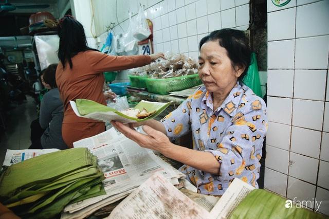 Bí mật thành công của hàng thịt quay lâu đời nhất Hà Nội, hơn 50 năm vẫn khiến khách xếp hàng dài như trẩy hội mỗi chiều - Ảnh 19.