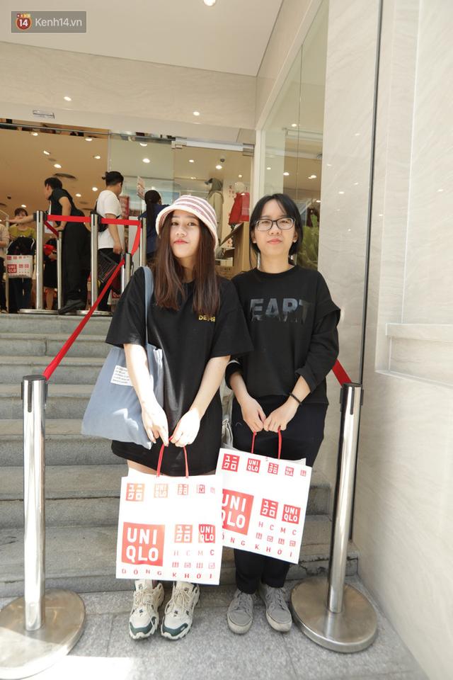 UNIQLO Đồng Khởi chính thức mở cửa, khách trung niên mua ác nhất - Ảnh 23.