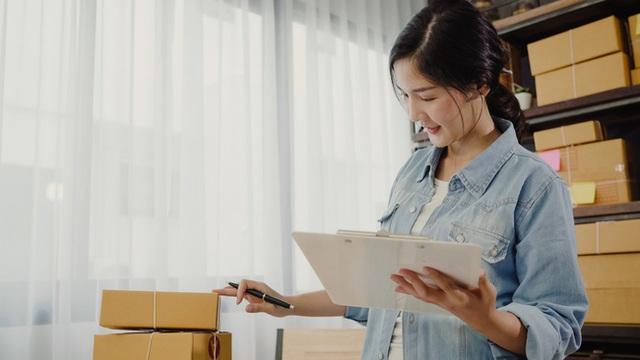 Không cần xinh đẹp xuất chúng, phụ nữ công sở có 5 yếu tố này đều nhận được sự quý mến từ đồng nghiệp - Ảnh 5.