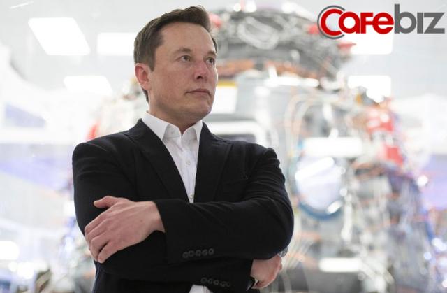 Vì sao khẳng định sở hữu 20 tỷ USD nhưng Elon Musk luôn miệng kêu nghèo than khổ là không có tiền, thậm chí nếu thua kiện còn phải đi vay để nộp phạt? - Ảnh 1.