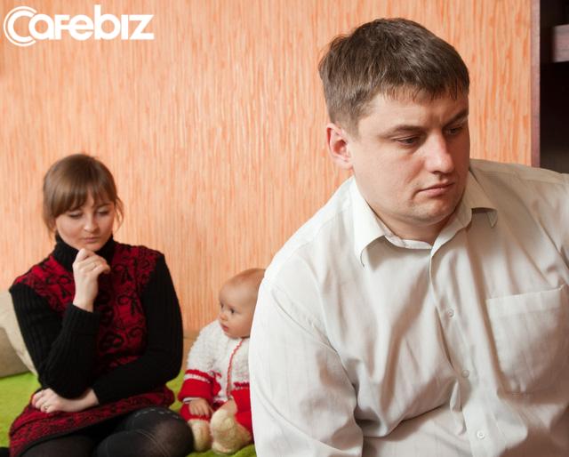 Gia đình tan vỡ, hàn gắn vết thương lòng của bố mẹ không phải trách nhiệm con trẻ phải làm - Ảnh 3.