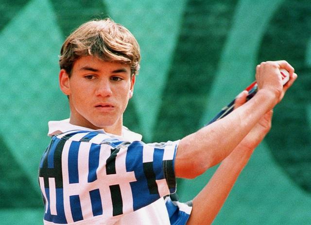 Chuyến tàu tốc hành không hồi kết của Roger Federer: Chiến thắng và trở thành huyền thoại, bất chấp sự hoài nghi, chấn thương và tuổi tác! - Ảnh 4.