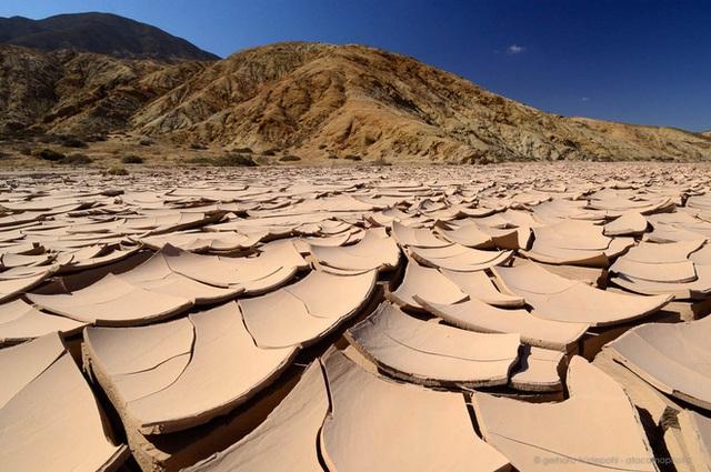 Những con người tồn tại ở nơi khắc nghiệt nhất hành tinh: -55 độ C vẫn là ấm, lợi dụng cả cổng địa ngục để sinh tồn - tiến hóa đỉnh cao là đây chứ đâu  - Ảnh 8.