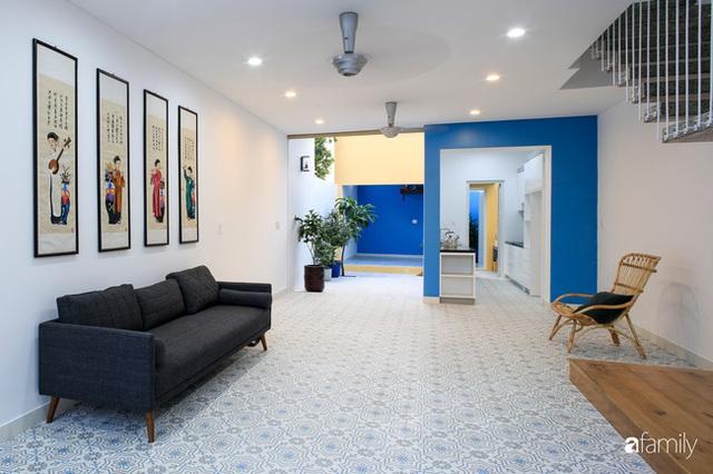Ngôi nhà ở ngoại ô Sài Gòn thoáng mát với mặt tiền ấn tượng của gia đình 4 người - Ảnh 17.