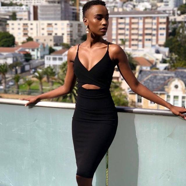 Proflie đầy ấn tượng và học vấn cực đỉnh của mỹ nhân Nam Phi vừa đăng quang Miss Universe 2019 - Ảnh 3.