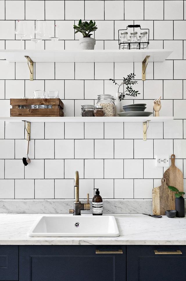 Học cách bài trí nhà đẹp lại rộng thênh thang như căn hộ màu trắng rộng 62m² dưới đây - Ảnh 7.